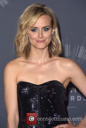 Taylor Schilling - 2014 MTV Video Music Awards at The Forum - Press Room - Los Angeles, California, United States...