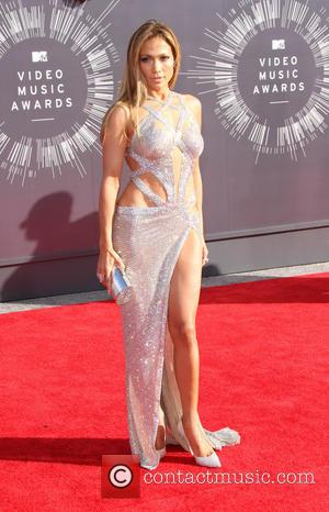 Jennifer Lopez - 2014 MTV Video Music Awards at The Forum - Arrivals - Los Angeles, California, United States -...