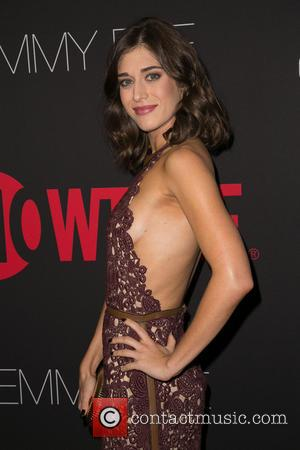 Lizzy Caplan - Showtime's 2014 Emmy Eve Soiree at Sunset Tower Hotel - Arrivals - Los Angeles, California, United States...