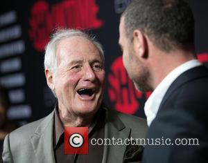 Jerry Weintraub and Liev Schreiber - Showtime's 2014 Emmy Eve Soiree at Sunset Tower Hotel - Arrivals - Los Angeles,...