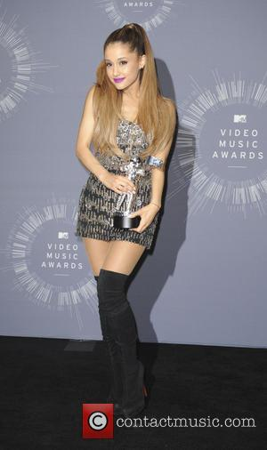Ariana Grande - 2014 MTV Video Music Awards  Press Room - Los Angeles, California, United States - Monday 25th...