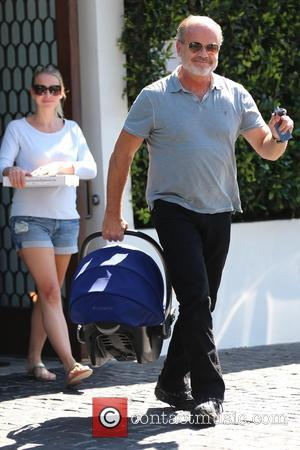 Kelsey Grammer, Kayte Walsh and Kelsey Gabriel Elias - Kelsey Grammer and his family leave Cecconi's after having lunch -...