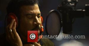 Lionel Richie - Lionel Richie is shown in the recording studio performing 'The Way We Were' from Barbara Streisand's upcoming...