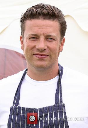 Jamie Oliver - Jamie Oliver films 'Jamie & Jimmy's Food Fight Club' in Hove - Brighton, United Kingdom - Thursday...