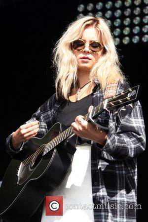 Nina Nesbitt - Fusion Festival 2014 - Performances - Nina Nesbitt - Birmingham, United Kingdom - Sunday 31st August 2014