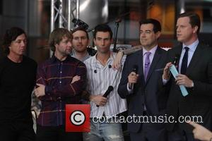 Adam Levine, Maroon 5, Jesse Carmichael, Ryan Dusick, Carson Daly and Willie Geist - Maroon 5 perform on the 'Today'...