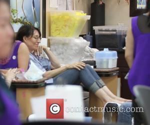 Katey Sagal - Katey Sagal gets a pedicure at a nail salon in Beverly Hills - Los Angeles, California, United...