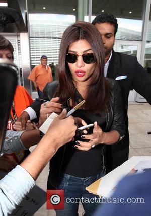 Priyanka Chopra - Celebrities at Toronto Pearson International Airport - Toronto, Canada - Thursday 4th September 2014