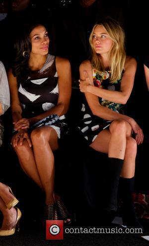 Rosario Dawson and Camille Rowe