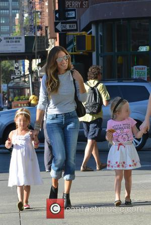 Sarah Jessica Parker, Marion Broderick and Tabitha Broderick - American actress Sarah Jessica Parker best known for playing the part...
