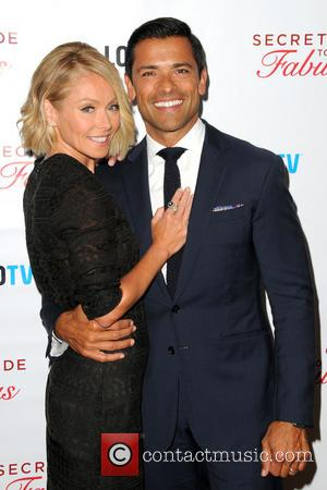 Kelly Ripa and Mark Consuelos - Logo TV premiere party for 'Secret Guide to Fabulous'  at the Crosby Street...