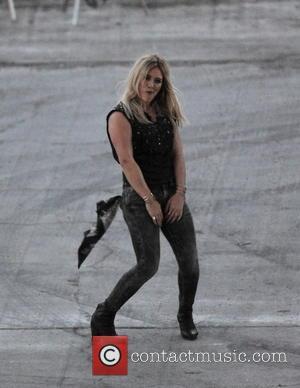 Hilary Duff - Hilary Duff dancing away for