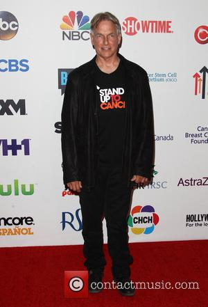 Mark Harmon - The 4th Biennial 'Stand Up To Cancer' telethon - Arrivals - Los Angeles, California, United States -...