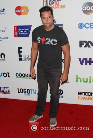 Dane Cook - Hollywood Unites For The 4th Biennial Stand Up To Cancer - Hollywood, California, United States - Saturday...