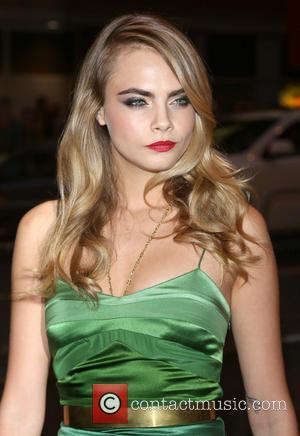 Cara Delevingne Lands Lead Role In John Green's 'Paper Towns'