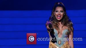 Vanessa White and The Saturdays - The Saturdays performing live in concert on the first night of their greatest hits...