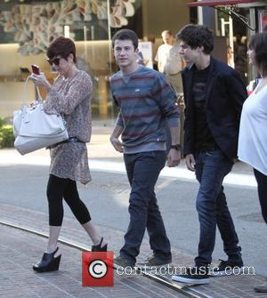 Dylan Minnette - Dylan Minnette shopping at The Grove in Hollywood - Los Angeles, California, United States - Tuesday 9th...