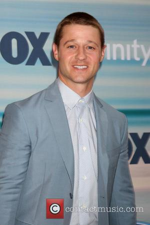 Ben Mckenzie Involved In Car Crash Days After On-set Injury