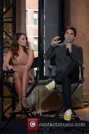 Genesis Rodriguez and Justin Long