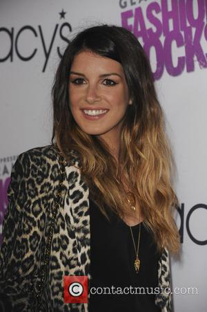 Shenae Grimes - Macys Passport presents Glamorama Fashion Rocks - Arrivals - Los Angeles, California, United States - Wednesday 10th...