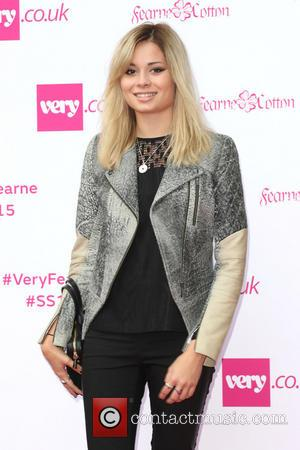 Nina Nesbitt - Fearne Cotton presents her SS15 collection for very.co.uk - Arrivals - London, United Kingdom - Thursday 11th...