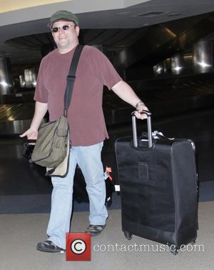 Jason Alexander - Jason Alexander at Los Angeles International Airport (LAX) - Los Angeles, California, United States - Friday 12th...