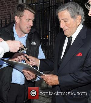 Tony Bennett Surprises Lady Gaga At Israel Gig