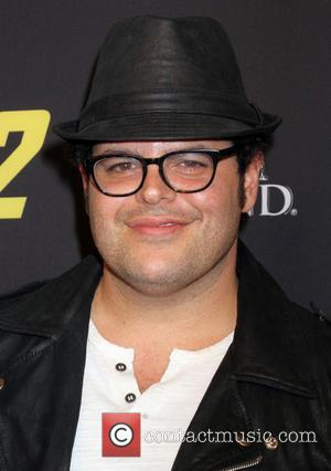 Josh Gad - Stars attend the pre-fight party ahead of the Mayhem: Mayweather vs. Maidana 2 fight held at MGM...