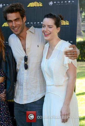 Jon Kortajarena and Michelle Ryan