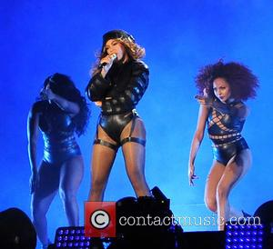 Beyonce Selling 'Boycott Beyonce' Merchandise On Tour