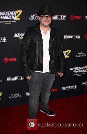 Josh Gad - Stars were photographed at Showtime's Mayhem: Mayweather vs. Maidana 2 fight held at MGM Hotel & Casino...