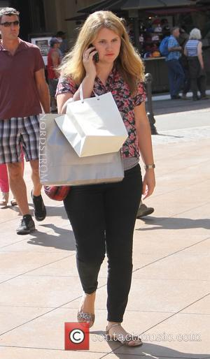 Jillian Bell - Jillian Bell shops at The Grove - Los Angeles, California, United States - Saturday 20th September 2014