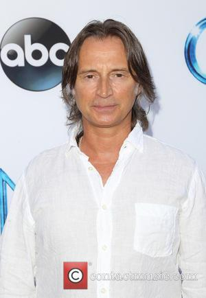 Robert Carlyle Pays Tribute To Late Co-star