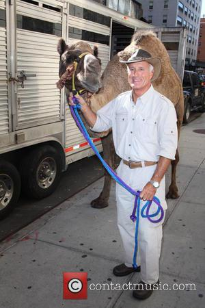 Camel and Jungle Jack Hanna - Late Show with David Letterman at Ed Sullivan Theater - New York City, New...