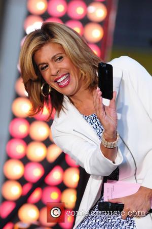 Hoda Kotb - American country music singer Kenny Chesney photographed performing on the TV show 'Today' in NY, New York,...