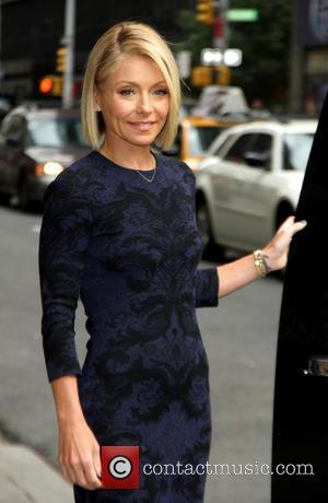 Kelly Ripa - Late Show with David Letterman at Ed Sullivan Theater - New York City, New York, United States...