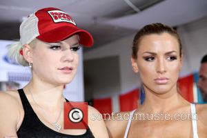 Jordan Carver and Melanie Mueller