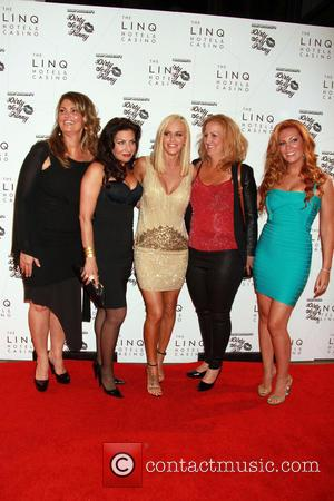 Lynne Koplitz, Tammy Pescatelli, Jenny McCarthy, Paula Bel and April Macie