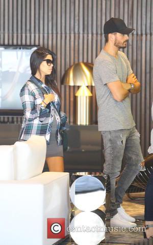 Kourtney Kardashian, Kourtney Kardashin and Scott Disick