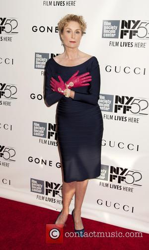 Lisa Banes