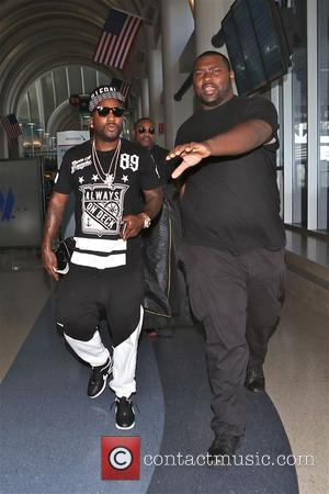 Young Jeezy - Young Jeezy arrives at Los Angeles International (LAX) airport - Los Angeles, California, United States - Saturday...