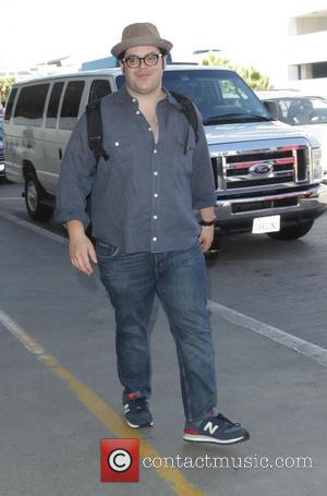 Josh Gad - Celebrities at LAX airport - Hollywood, California, United States - Saturday 27th September 2014