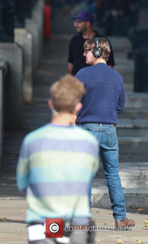 Tom Cruise - Tom Cruise arrives on the set of 'Mission Impossible 5' - London, United Kingdom - Sunday 28th...