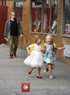 Matthew Broderick, Marion Loretta Elwell Broderick and Tabitha Hodge Broderick - Matthew Broderick takes his twin daughters to school -...