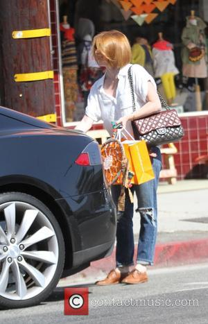 Alyson Hannigan - Alyson Hannigan out shopping - Los Angeles, California, United States - Wednesday 8th October 2014