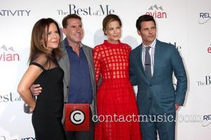 Michelle Monaghan, James Marsden, Nicholas Sparks and Denise Di Novi