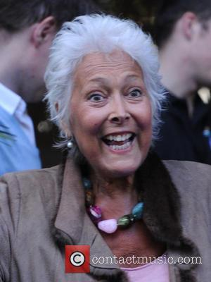 Actress Lynda Bellingham Dies Aged 66 After Courageous Battle With Cancer