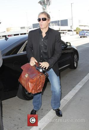 Michael Bolton - Michael Bolton departs from Los angeles International Airport - Los Angeles, California, United States - Thursday 9th...