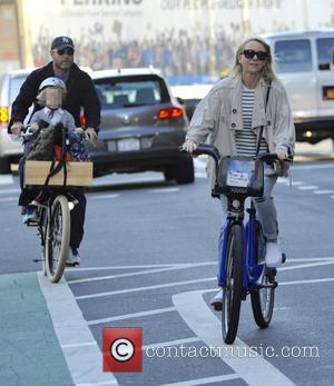 Liev Schreiber, Naomi Watts, Alexander and Samuel