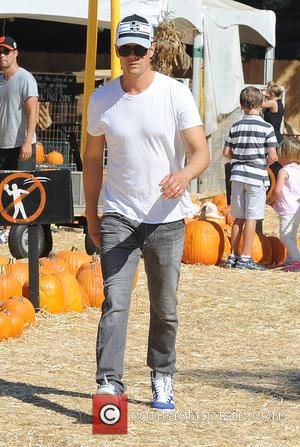 Josh Duhamel - Fergie and Josh Duhamel take son Axl to visit Mr. Bones Pumpkin Patch - Los Angeles, California,...